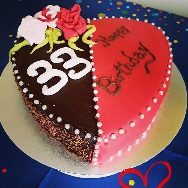 Cake by Dana's Cakes