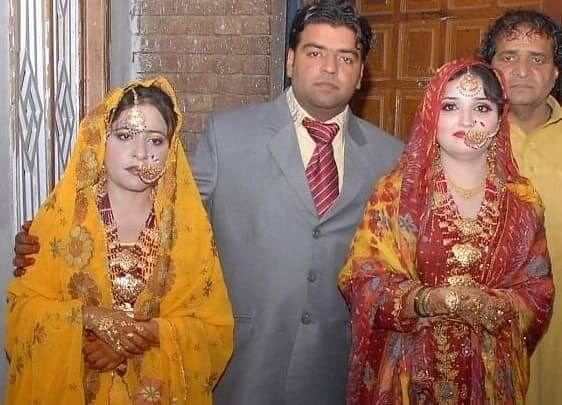 3961 A Pakistani man marries 2 Women on the Same Day at the Same Time 02