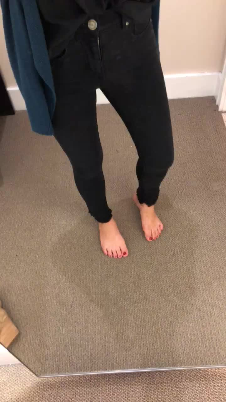 LOFT Modern Double Frayed Soft Skinny Jeans in Black, size 25/0P