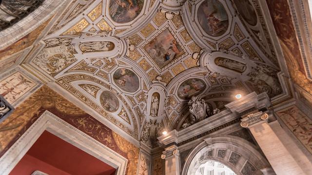 Typical ceiling art, Nikon D5500, Tamron SP AF 10-24mm f/3.5-4.5 Di II LD Aspherical (IF) (B001)
