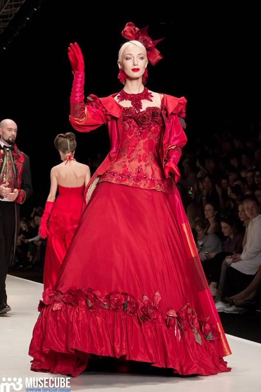 mercedes_benz_fashion_week_slava_zaitsev_nasledie_111