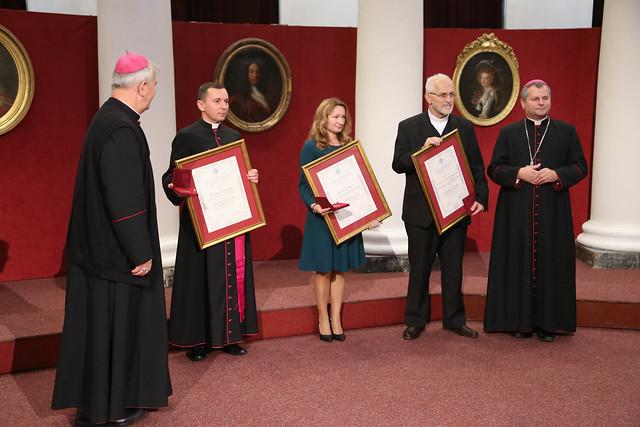 "Gala wręczenia medali ""Benemerenti in Opere Evangelizationis"", 25 X 2018 r."