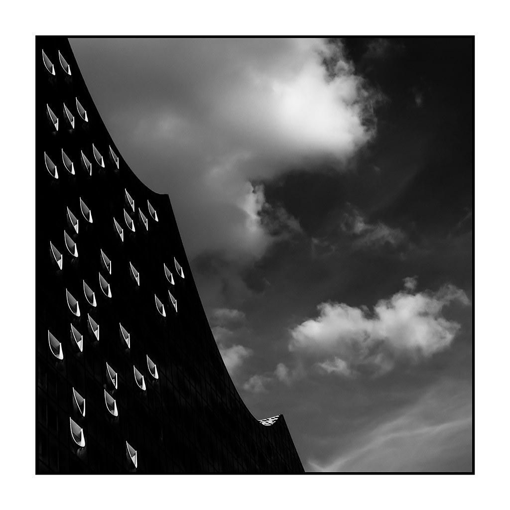 AR08 AR48 Paco Barreda (Alemania) - El cielo sobre Alemania 01 - Tomada en Hamburgo el 01-08-17