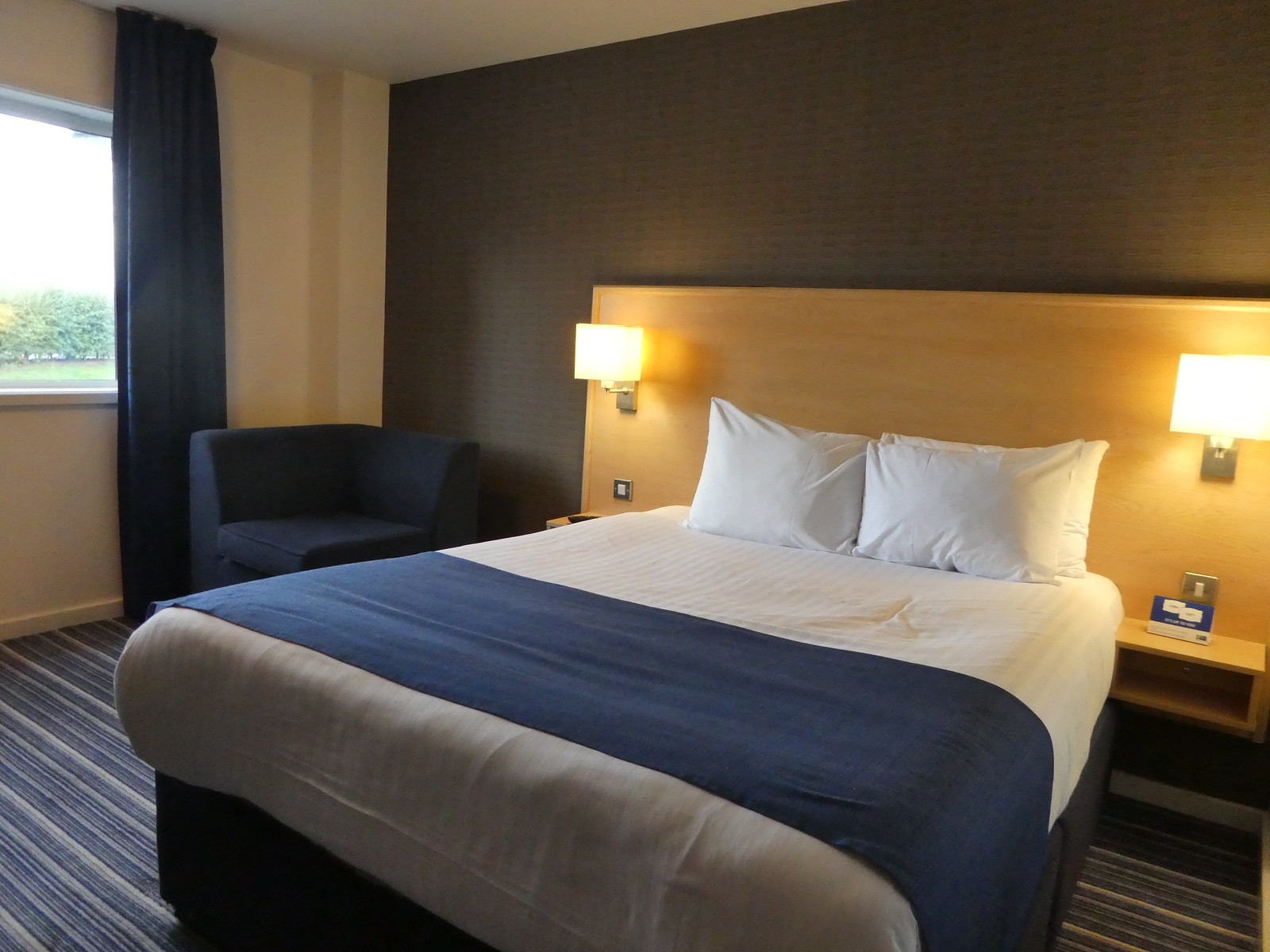 Holiday Inn Express, Manchester Airport