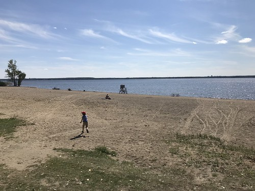 The beach near the Aylmer Marina