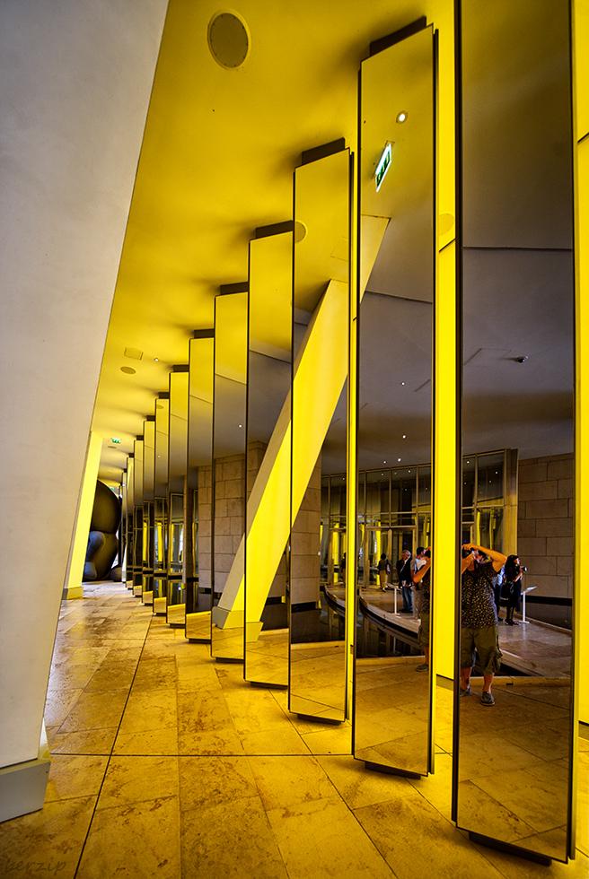 Architecture / Rues / Ambiance de ville / Paysages urbains - Page 5 43525932150_590383ea8e_o