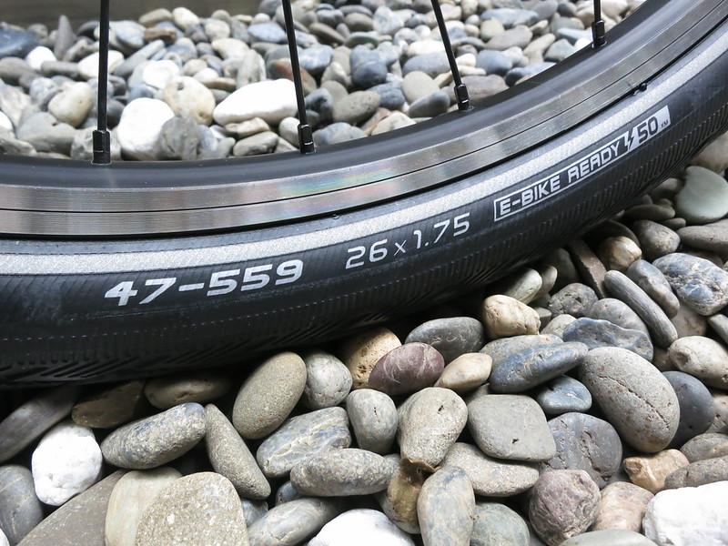 SURLY Pack Rat 38 Tire