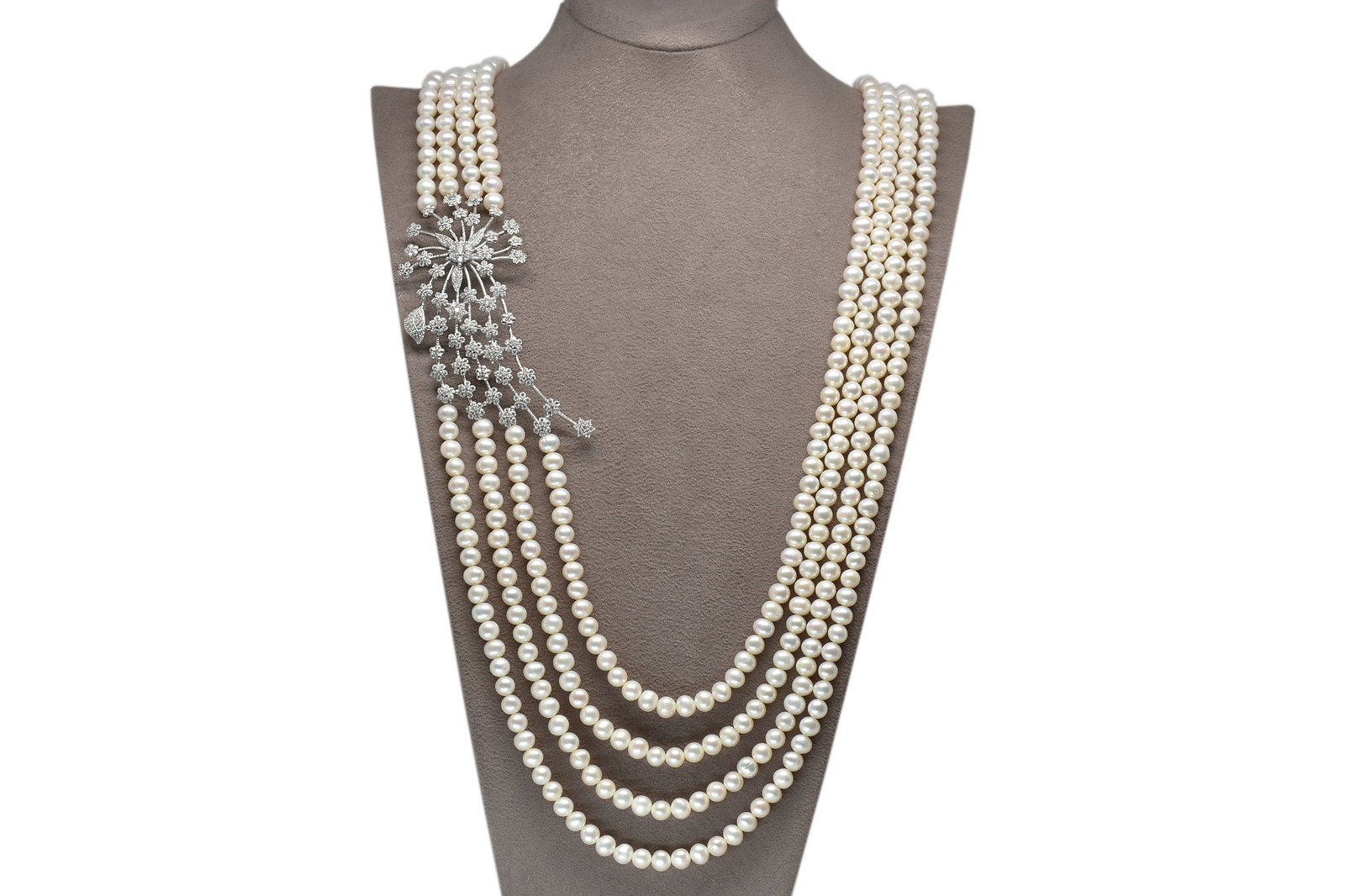 - Ahsen 925K Gümüş Broşlu 4 Sıralı Doğal Beyaz inci Kolye AH-00106