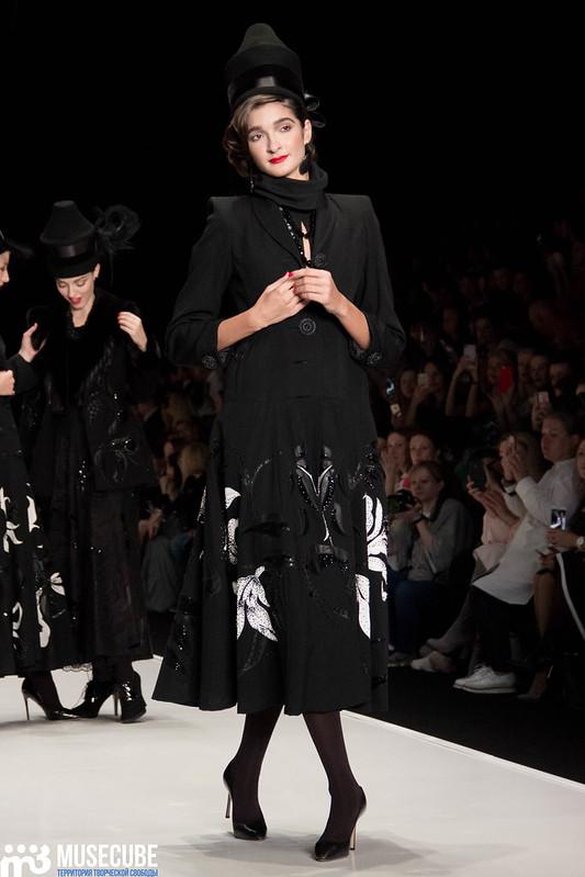 mercedes_benz_fashion_week_slava_zaitsev_nasledie_008