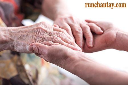 Parkinson chưa chữa khỏi, nhưng có nhiều cách giúp cải thiện triệu chứng bệnh