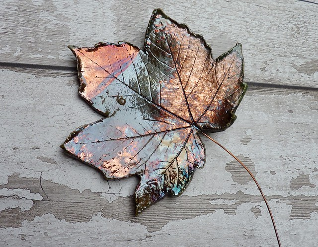 clay leaf hanging