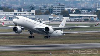 Sichuan A350-941 msn 52