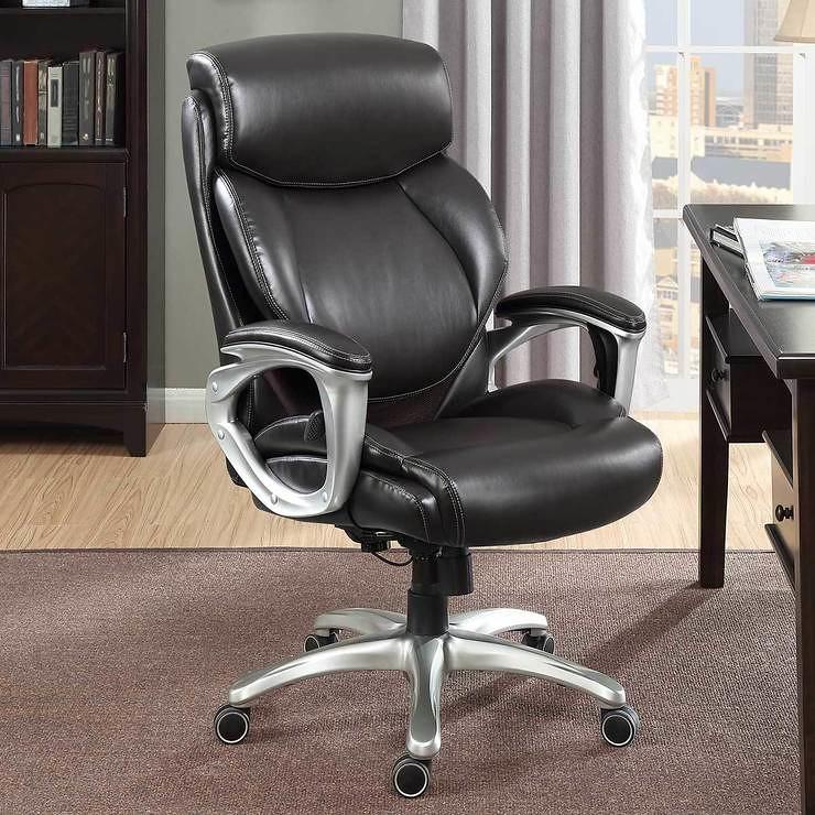 Vor- und Nachteile von Leder-Bürostühlen
