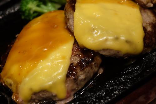 牛100%ハンバーグ170gチーズトッピング肉処 牛和火 12