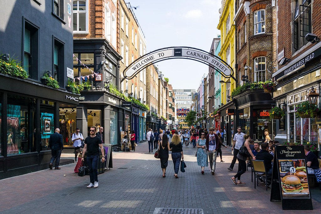 Лондон: Сохо и Трафальгарская площадь