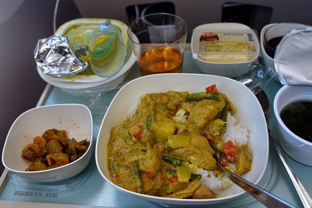My lunch: chicken curry with rice, a bowl of sea mustard soup, a glass of whisky and a glass or two glasses of red wine )))