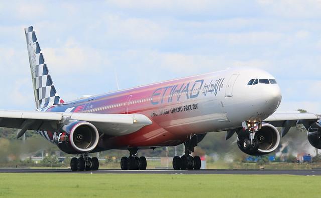 Etihad Airways Airbus A340-600, Canon EOS 70D, Sigma 150-600mm f/5-6.3 DG OS HSM | S