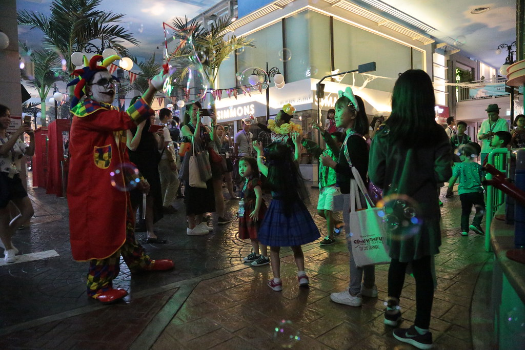 kidzania_halloween__Bubble