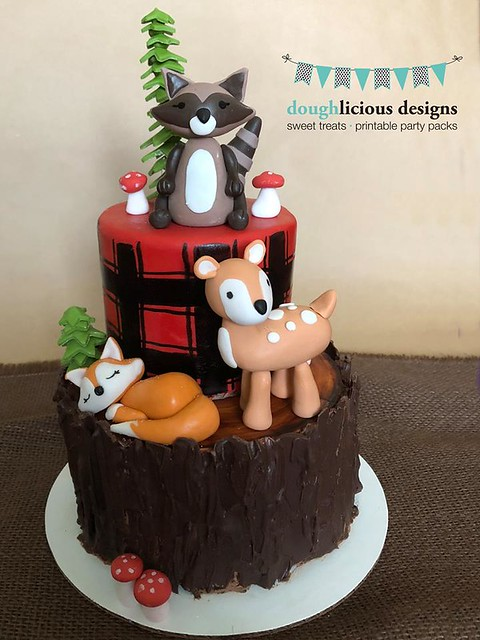 Cake by Doughlicious Designs