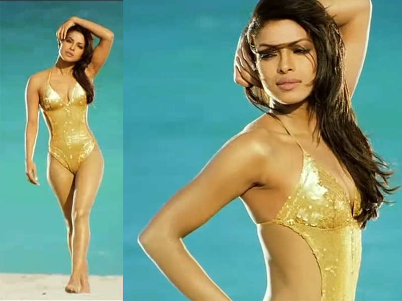 Bikini Evolution - Bollywood actress in Bikini or Swimwear - fashionflavours.com 2000s (4)