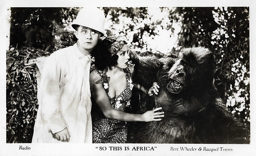 Bert Wheeler and Raquel Torres in So This is Africa (1933)