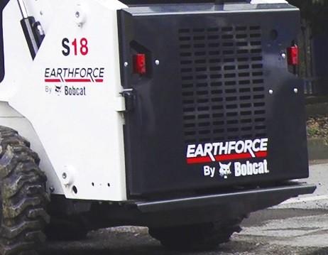 EarthForce S18