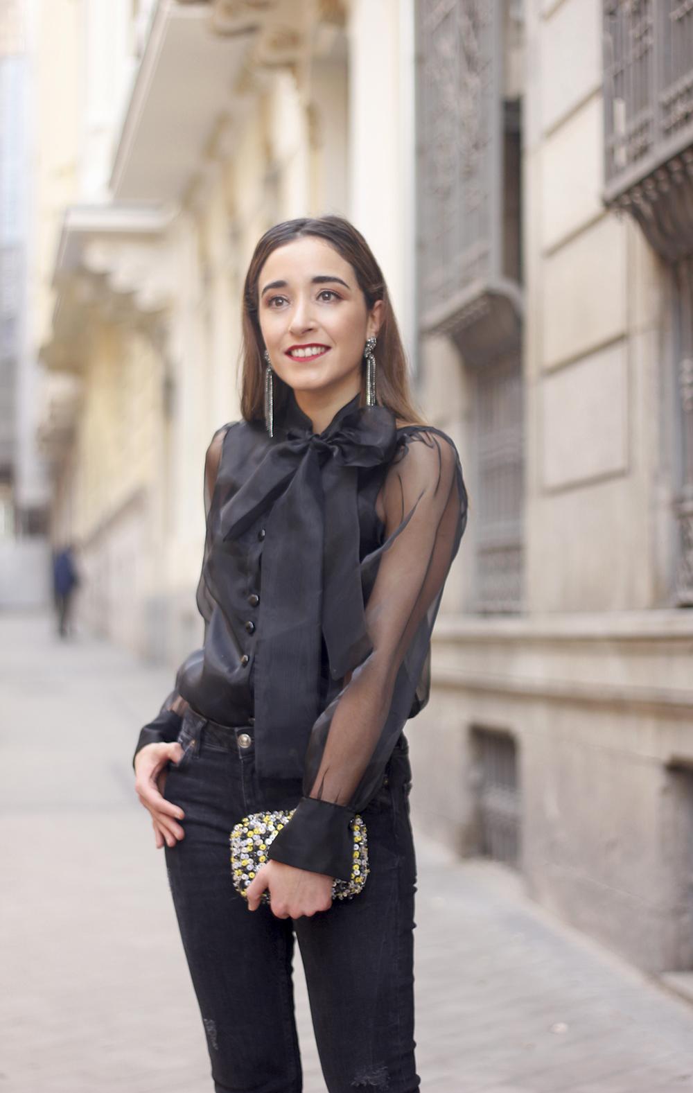 black shirt jeans christmas look fashion street style xmas 20188817