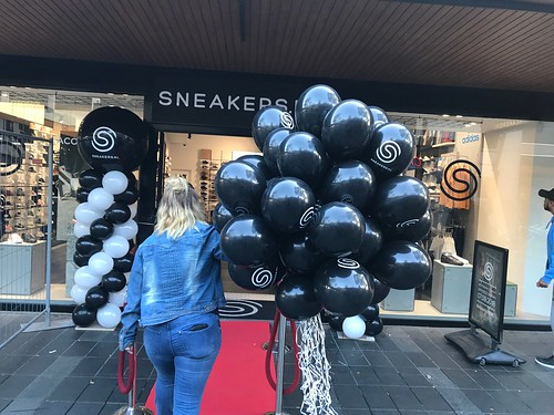 Heliumballonnen Bedrukt Opening Sneakers Lijnbaan Rotterdam