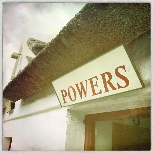 powers thatch bar oughterard