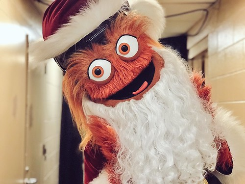 GRITTYWATCH: Gritty gets festive