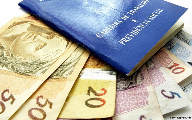 O 13º salário é pago a aproximadamente 83 milhões de brasileiros e injetou na economiaR$ 200 bilhões em 2017 - Créditos: Divulgação Prefeitura de Piraí