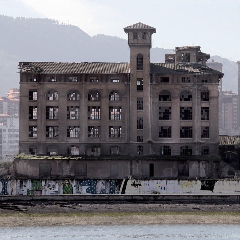 Des-industrialización, des-localización. Nora Arroita.