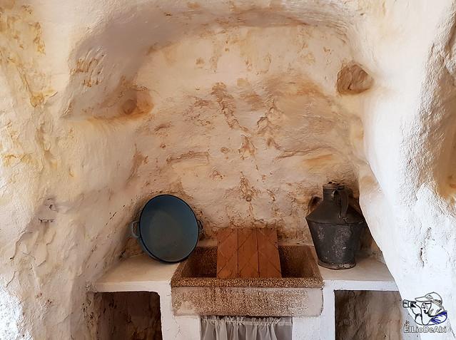 Descubre las Cuevas de los Cien Pilares en Arnedo (7)