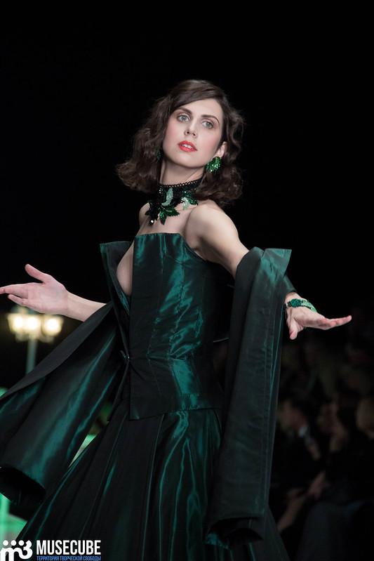 mercedes_benz_fashion_week_slava_zaitsev_nasledie_051