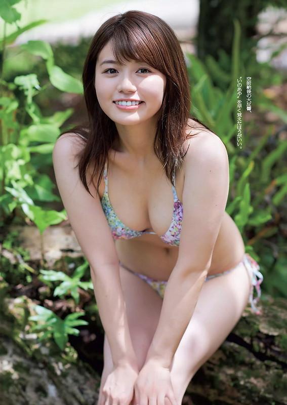 井口綾子02