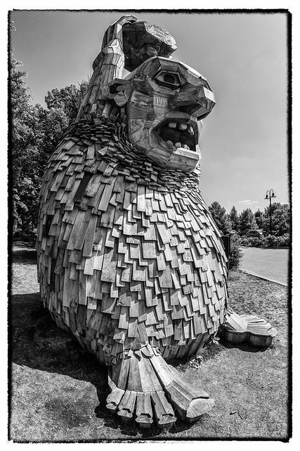 Arboretum Troll 01