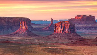 Monument Valley Sunset | by romainguy
