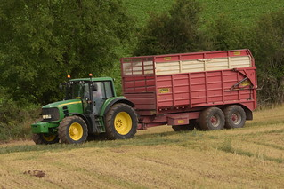 John Deere 6930 Tractor with a Herron Trailer