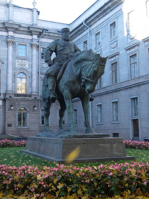 Санкт-Петербург - Памятник Александру Третьему
