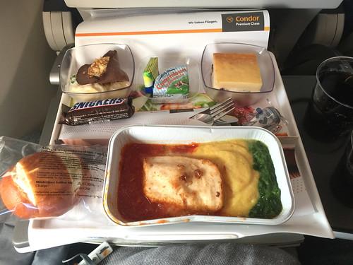 20 - Condor  Premium-Class - Lunch