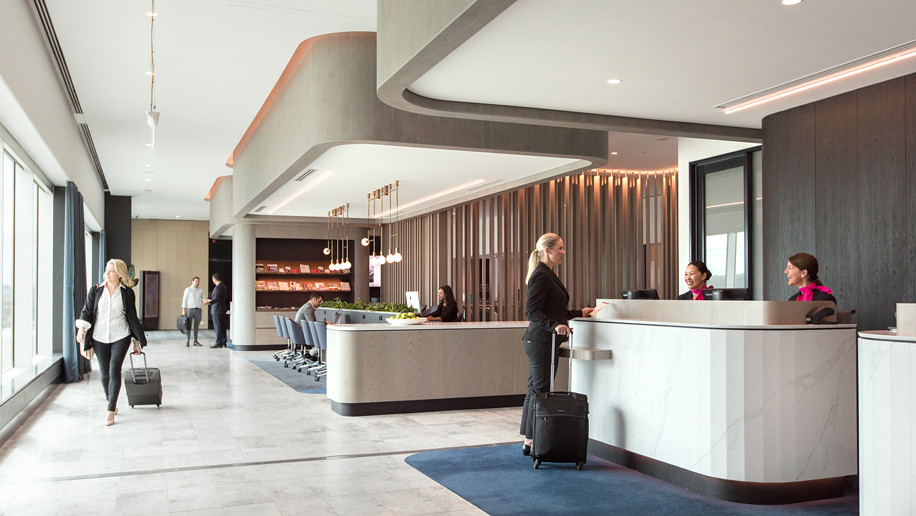 Qantas's Melbourne Domestic Business Lounge and Qantas Club