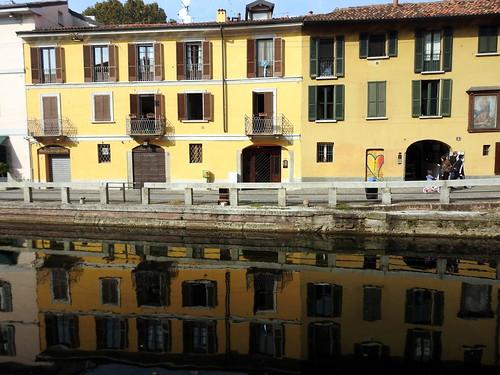 Milano - Lungo il Naviglio