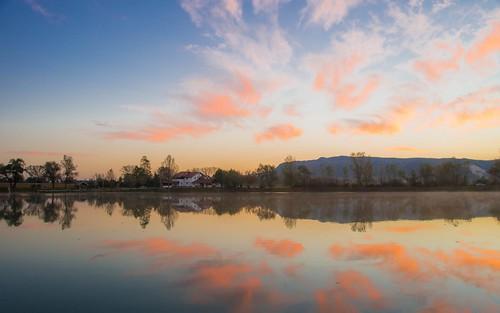 sunrise autumn autumncolours lakes vladoferencic lakezajarki vladimirferencic zaprešić hrvatska croatia morning nikond600 nikkor2485284