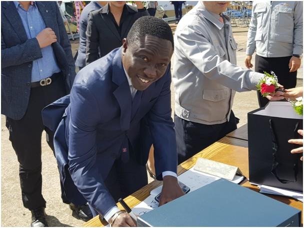 Ndéye Tické Ndiaye DIOP, Directeur général de l'Agence nationale des Affaires maritimes réceptionne les navires du MIEP2 (4)