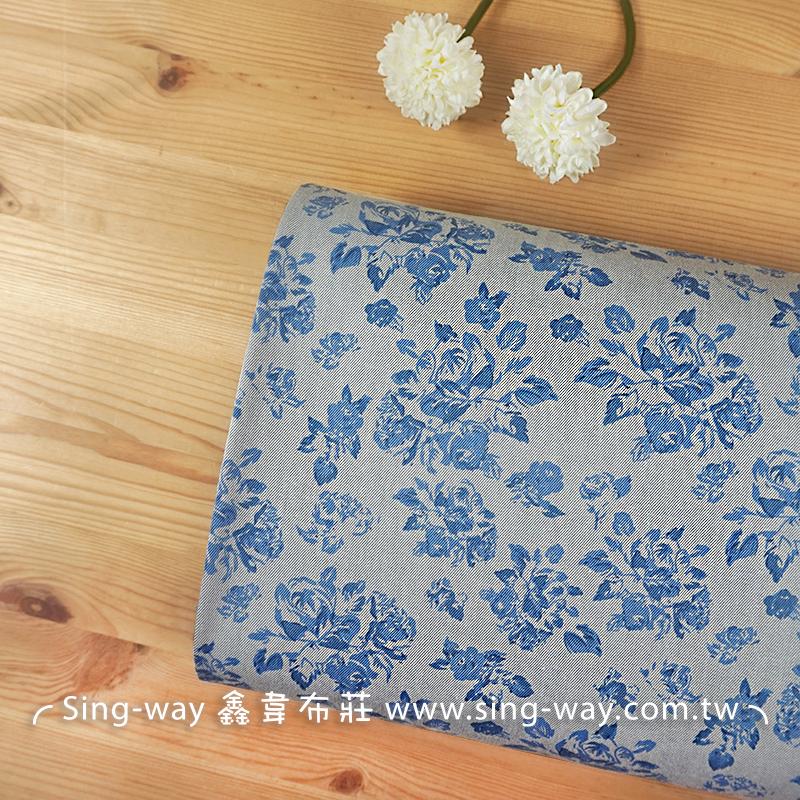 玫瑰 Rose 花朵 滿版花 青花瓷 牛仔服裝布料 手工藝DIY布料 CE590222