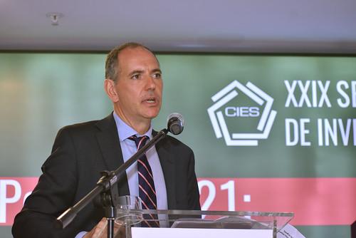 Conferencia Magistral - Xavier Labandeira, U. de Vigo - España e Integrante IPCC NN UU