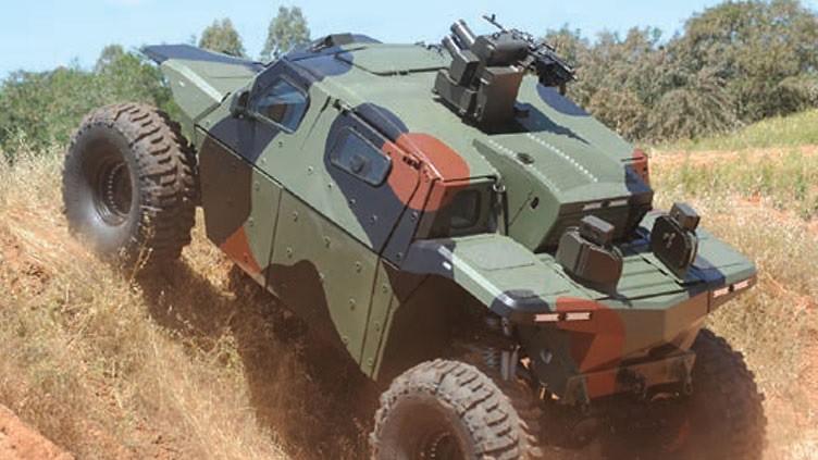 Combat-Guard-Iron-Fist-2014-jns-1