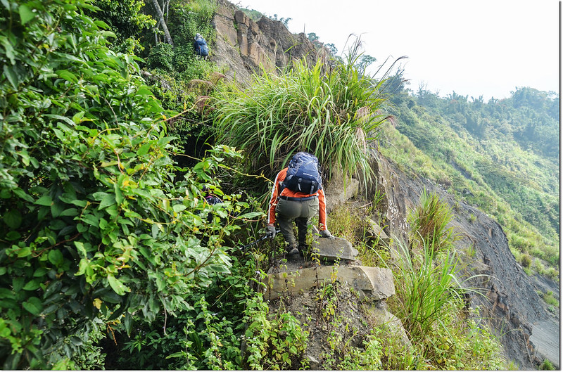 小林山登山步道大坍方危瘦稜地形 3