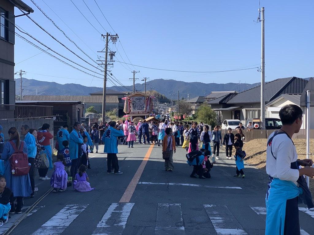 入出秋祭り。事実上の歩行者天国…こんな光景は初めて見る!