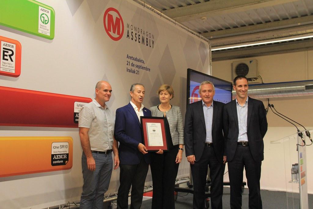MondragonAssembly recibe certificación AENOR